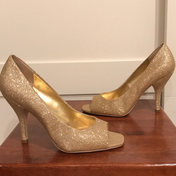261f6e8d9666 BCBGeneration Shoes | Bcbg Generation Gold Glitter Peeptoe Pumps ...